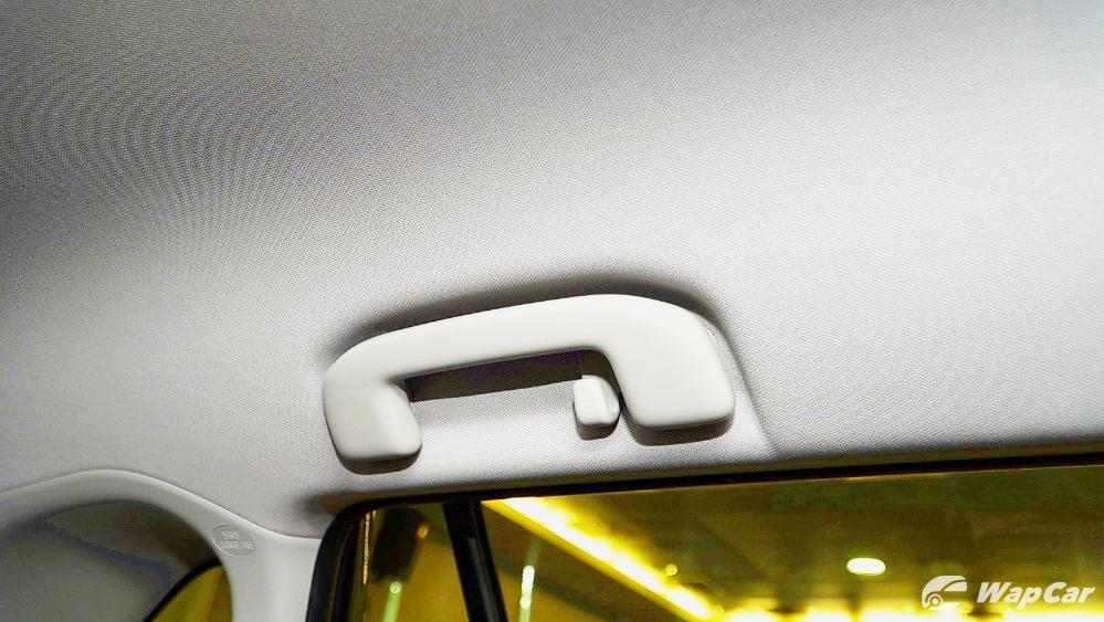 2020 Toyota RAV4 2.5L Interior 112