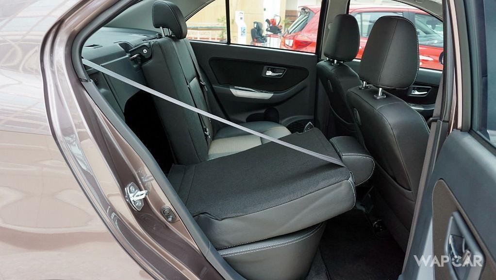 Perodua Bezza (2018) Interior 037