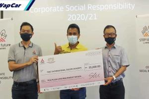 Mitsubishi Motors Malaysia salurkan RM 35,000 & komputer riba kepada yayasan kebajikan dan kanak-kanak