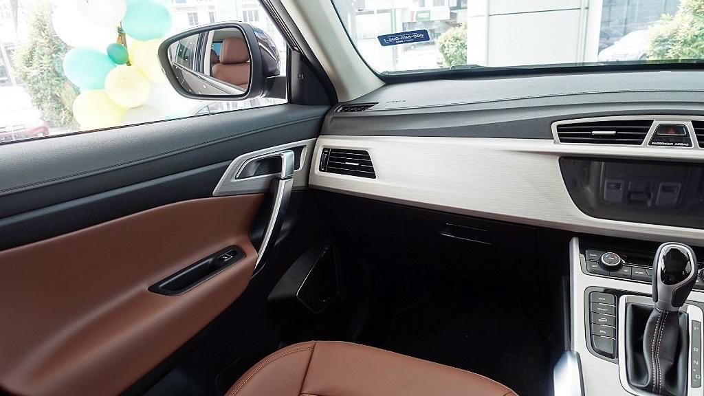 2018 Proton X70 1.8 TGDI Premium 2WD Interior 005