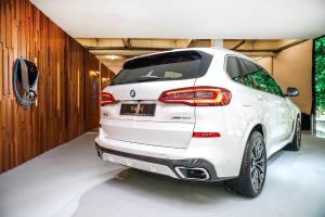 Germans moving to hybrids - BMW X5 xDrive45e outsells diesels