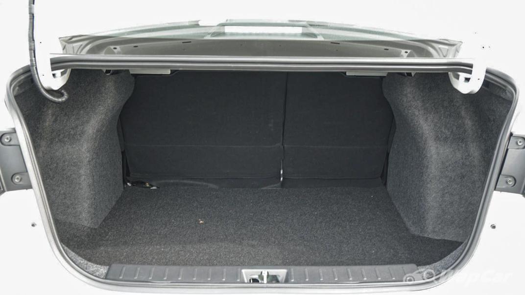 2020 Nissan Almera 1.0L VLT Interior 053