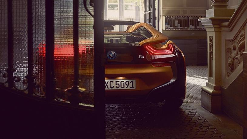BMW i8 Roadster (2018) Exterior 007