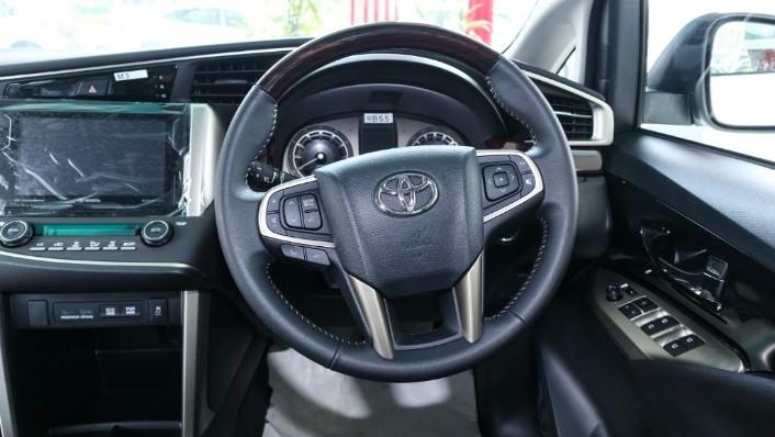 2018 Toyota Innova 2.0G (A) Interior 004
