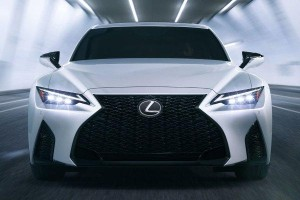 New 2020 Lexus IS debuts, 315 PS 3.5L V6 & new LSS+ but no TNGA