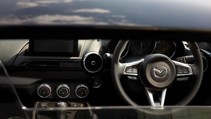 2020 Mazda MX-5 RF Public Interior 002