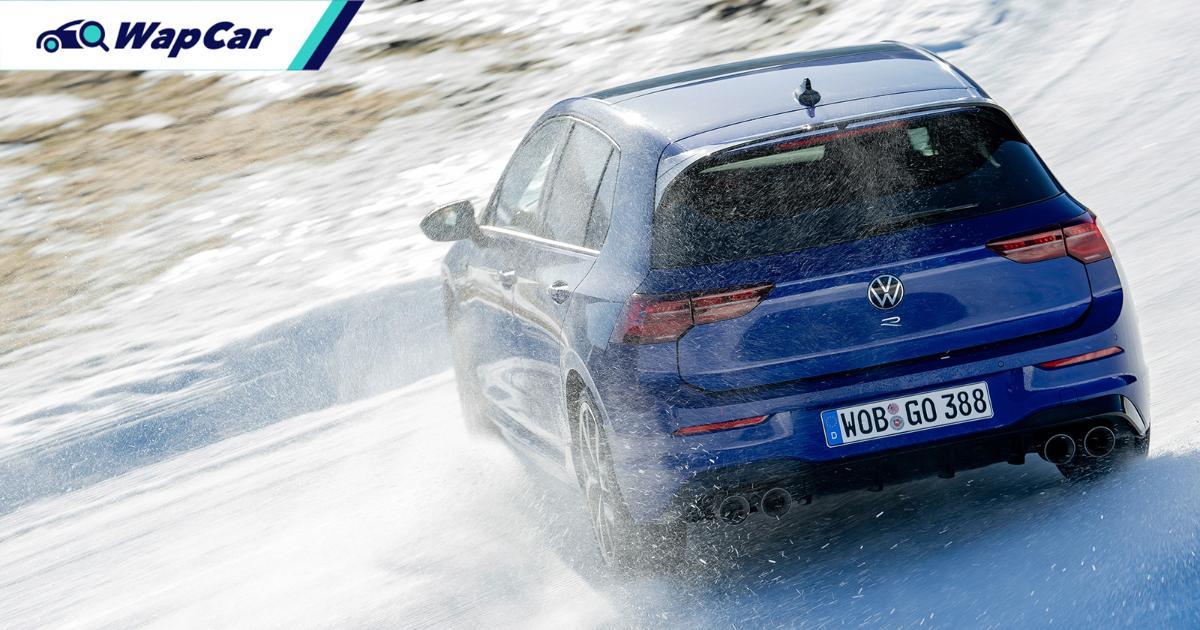 Volkswagen Golf R Mk8 gets Drift Mode like an AMG A45S 01