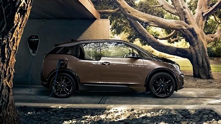 BMW i3s (2019) Exterior 006