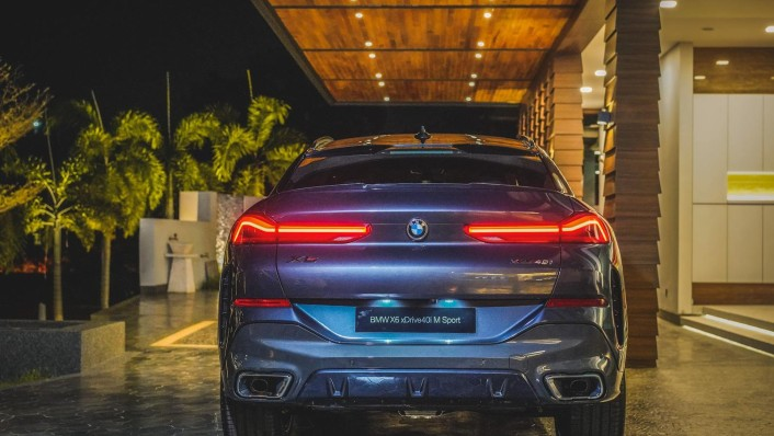 2020 BMW X6 xDrive40i M Sport Exterior 004