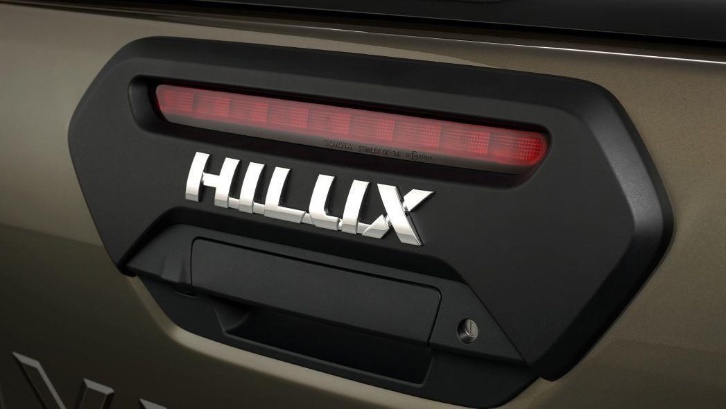 2020 Toyota Hilux Exterior 010