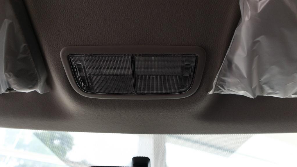 2019 Honda HR-V 1.8 E Interior 040