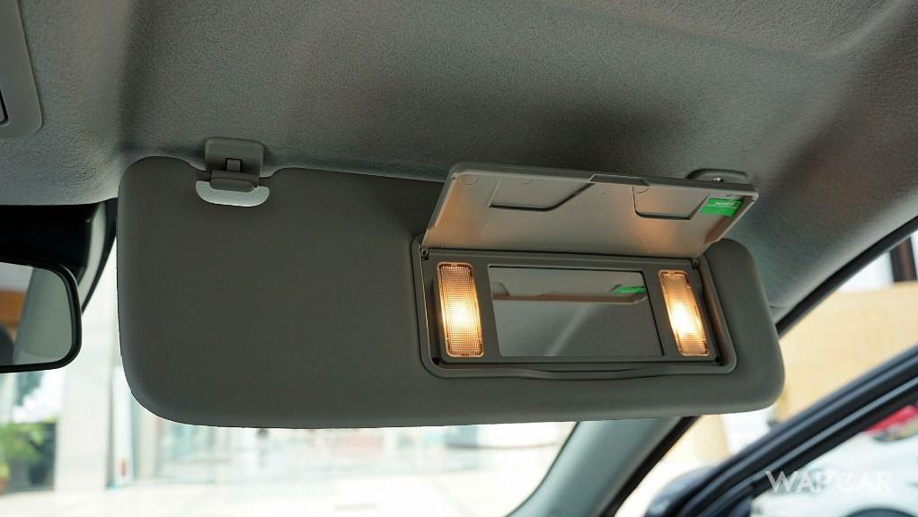 Perodua Aruz (2019) Interior 038
