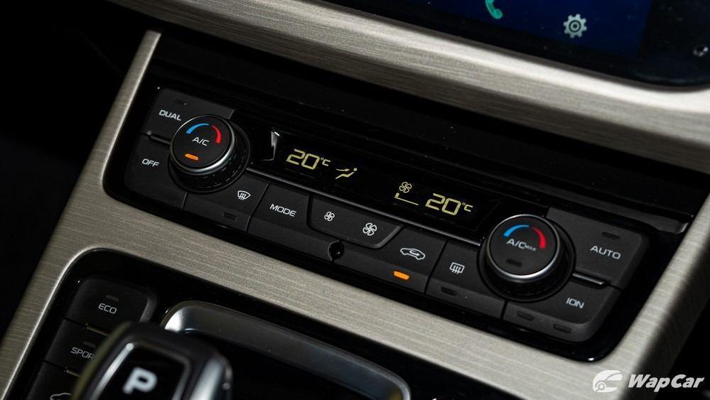 2020 Proton X70 1.8 Premium 2WD Interior 024