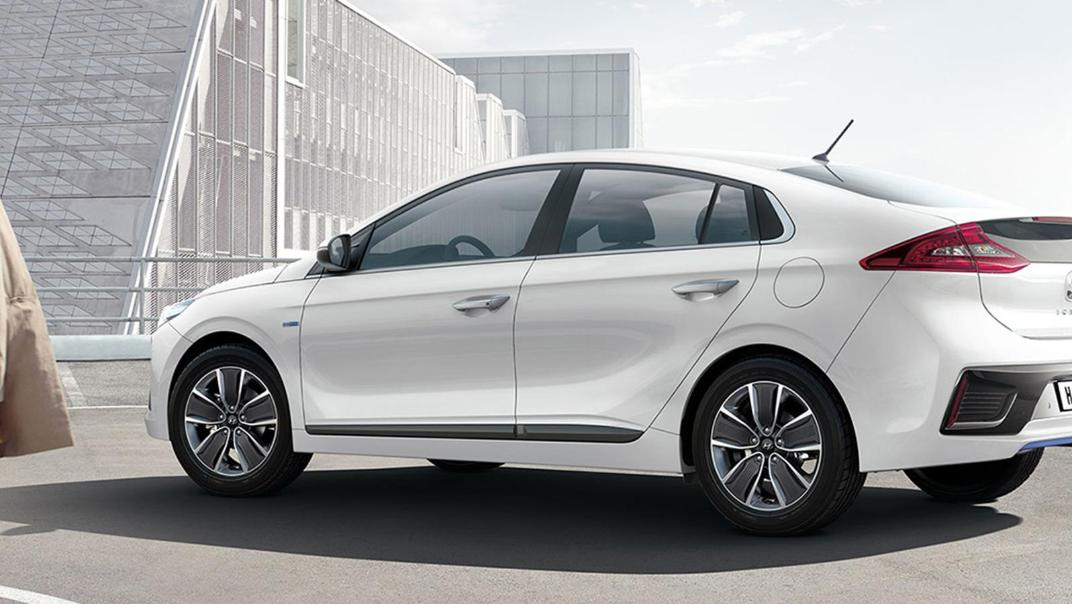 Hyundai Ioniq (2018) Exterior 019