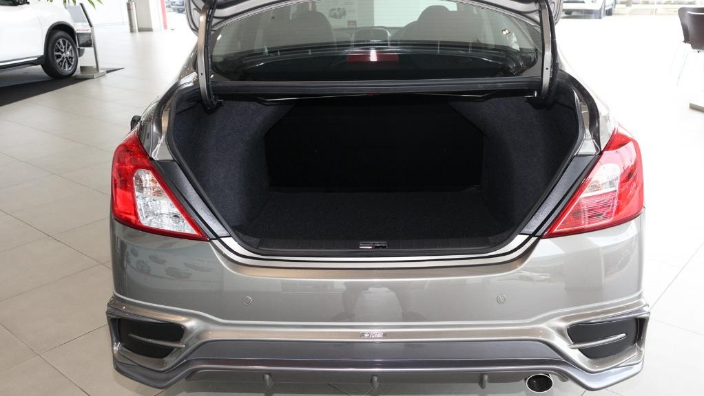 2018 Nissan Almera 1.5L VL AT Interior 040