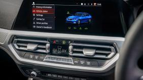 2020 BMW 3 Series 330e Exterior 005