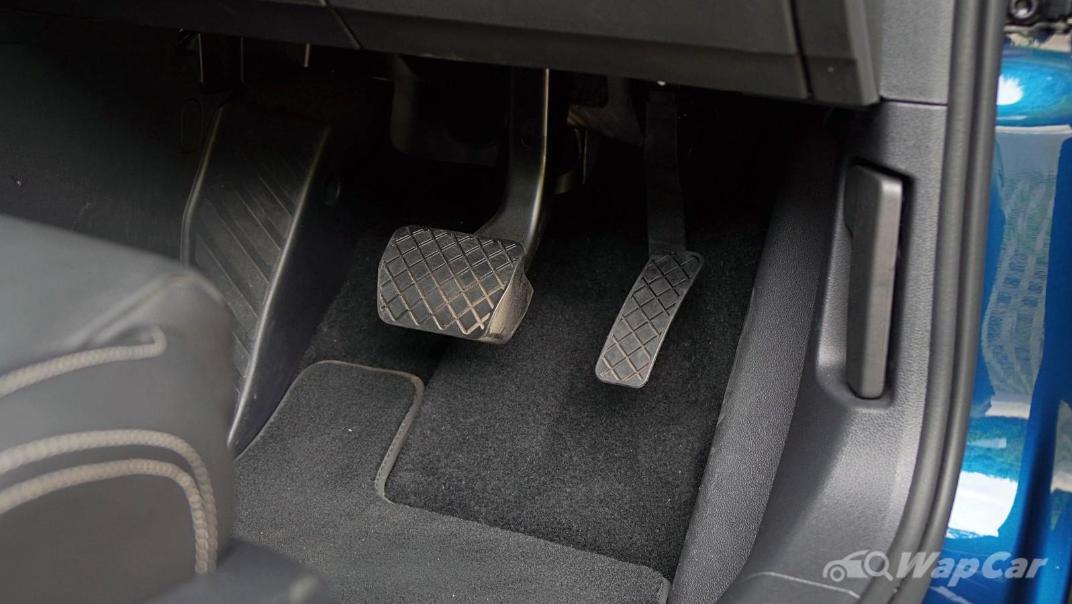 2020 Volkswagen Passat 2.0TSI Elegance Interior 054