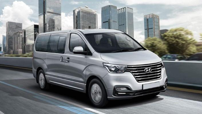 Hyundai Grand Starex (2018) Exterior 002