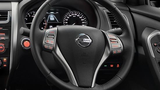 Nissan Teana (2018) Interior 002