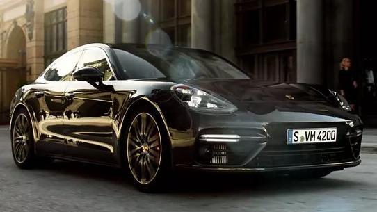Porsche Panamera(2019) Exterior 004