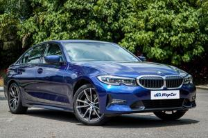 2020 BMW 320i vs 2020 Mercedes-Benz C200 - which is the ride and handling champ?