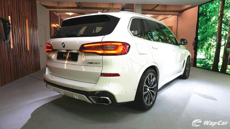 BMW Malaysia launches AR feature for 2020 BMW X5 02