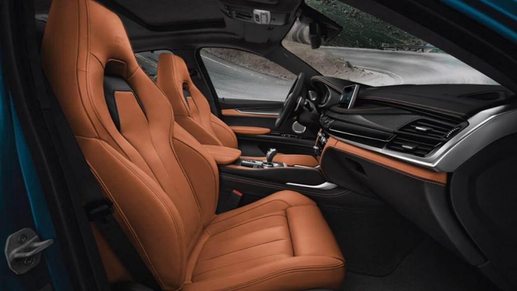 BMW X6 M (2019) Interior 006