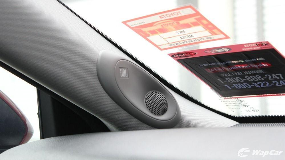 2019 Toyota Camry 2.5V Interior 053
