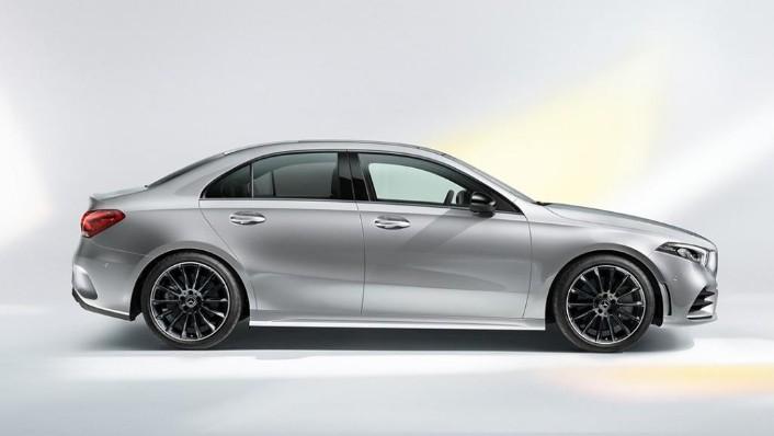 2019 Mercedes-Benz A200 Sedan Progressive Line Exterior 004
