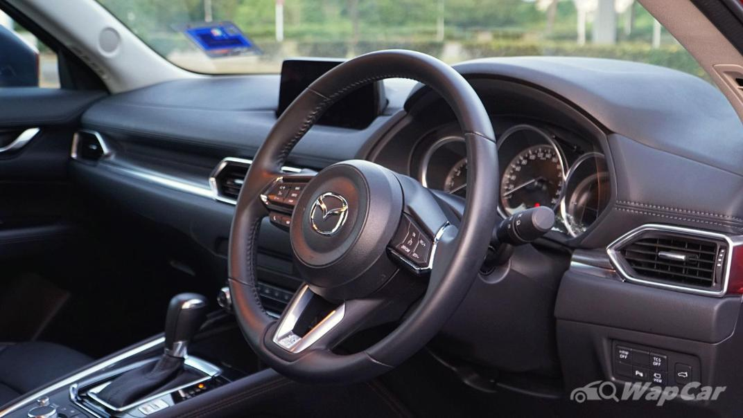 2019 Mazda CX-5 2.0L High SKYACTIV-G Interior 003