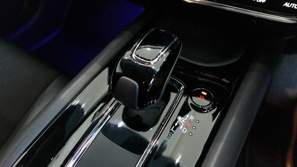 2019 Honda HR-V 1.5 Hybrid Interior 016