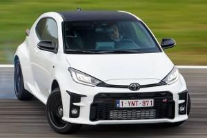 2021 Toyota GR Yaris sets fast Nurburgring lap - shows off 3-cylinder power!