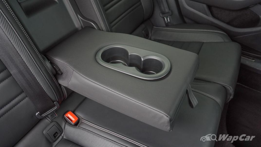 2020 Volkswagen Passat 2.0TSI R-Line Interior 018
