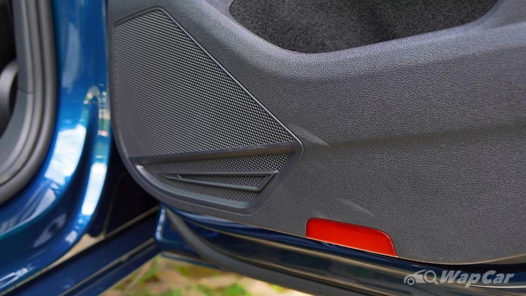 2020 Volkswagen Passat 2.0TSI Elegance Interior 048