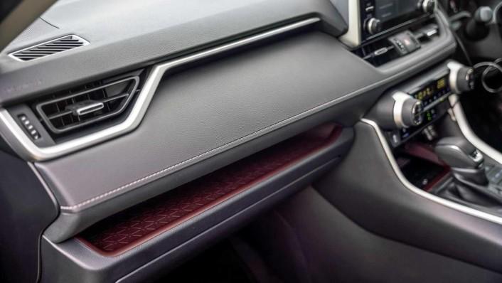 2020 Toyota RAV4 2.5L Interior 007