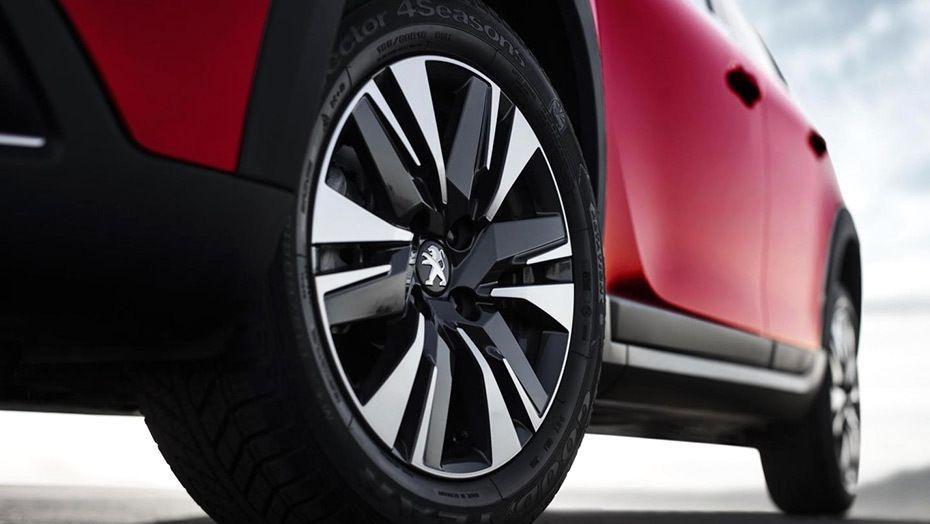 Peugeot 2008 (2018) Exterior 010