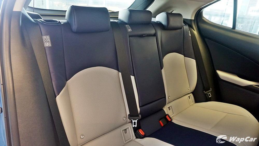 2020 Lexus UX 200 Luxury Interior 062