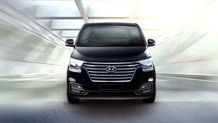 Hyundai Grand Starex (2018) Exterior 004