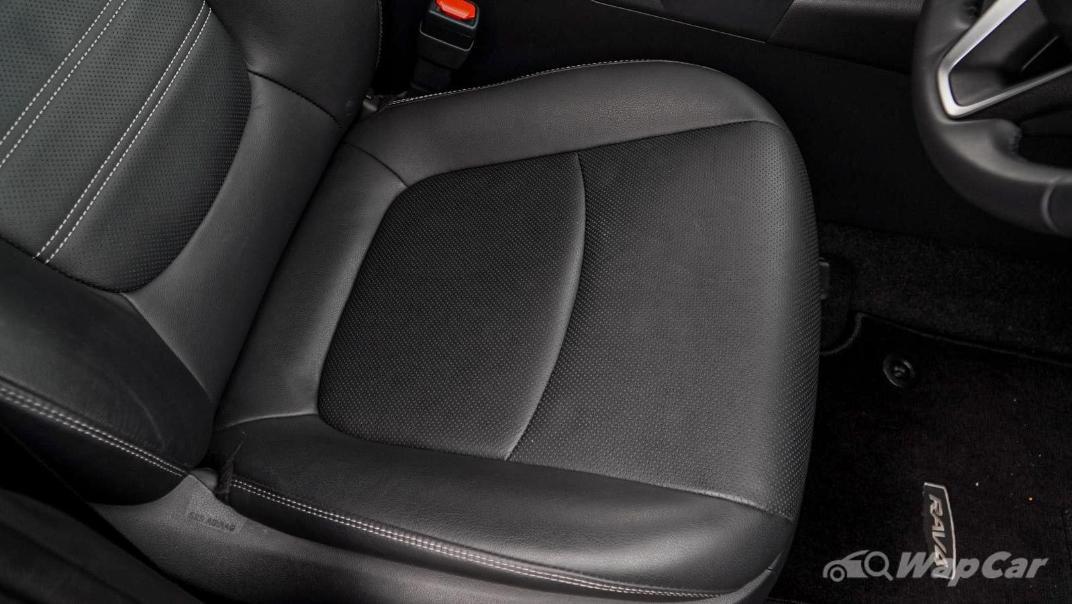 2020 Toyota RAV4 2.5L Interior 146