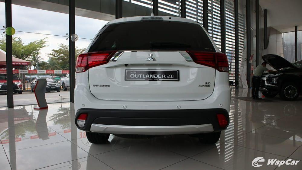 2018 Mitsubishi Outlander 2.0 CVT (CKD) Exterior 006