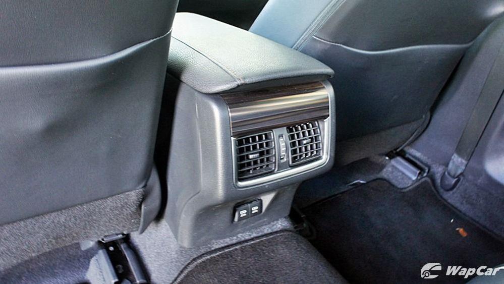 2019 Toyota Camry 2.5V Interior 117