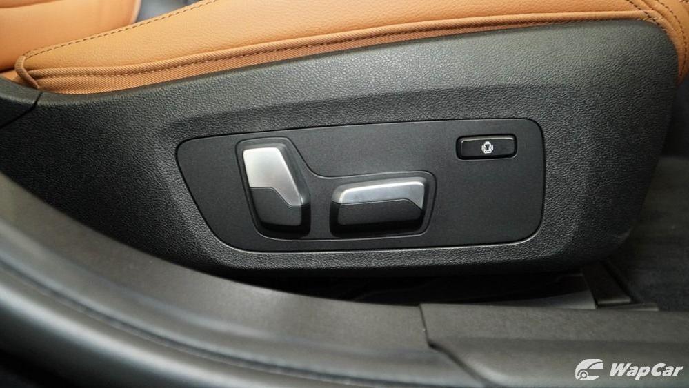2019 BMW 3 Series 330i M Sport Interior 080