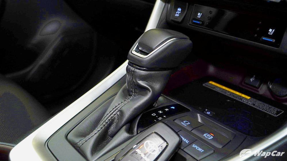 2020 Toyota RAV4 2.5L Interior 073