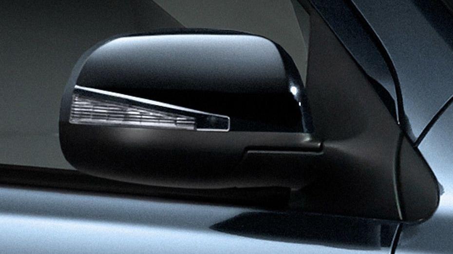 Nissan Almera (2018) Exterior 008