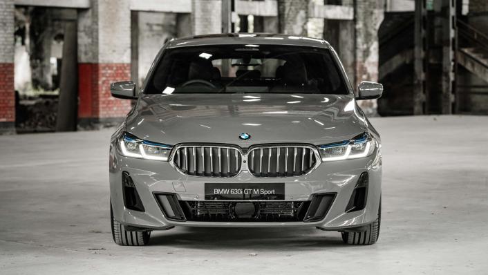 2021 BMW 6 Series GT 630i M Sport Exterior 002