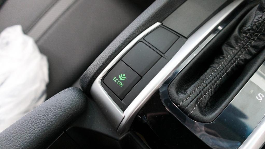 2018 Honda Civic 1.5TC Premium Interior 033