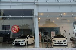 Out of new Hondas to sell, this Seremban dealer is turned into a Type R museum!