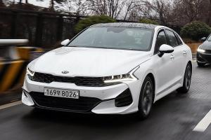 Sales of Hyundai Sonata in Korea reach new low, Kia K5 sells 2x more, why so?