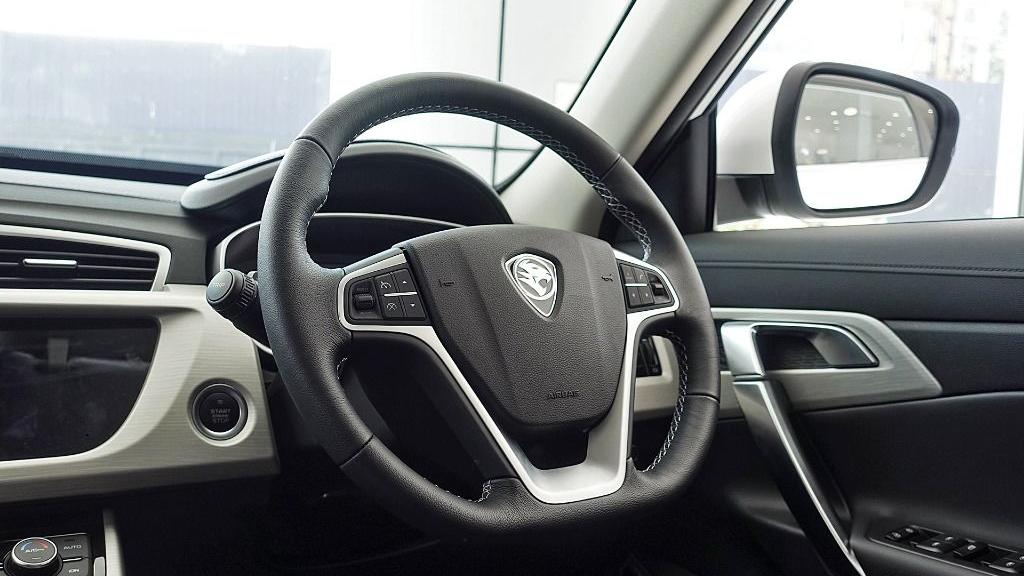 2018 Proton X70 1.8 TGDI Executive AWD Interior 008