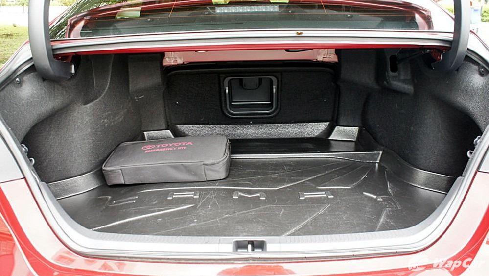 2019 Toyota Camry 2.5V Interior 150